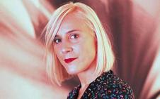 Miren Arzalluz: «El chador y la txapela, todo tiene sitio en el museo de la moda de París»