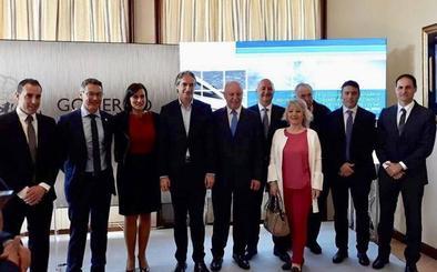 Los alcaldes campurrianos del PP piden a Revilla «que cumpla con la comarca y no rechace el AVE»