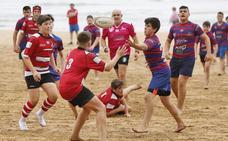 Más de 500 jugadores en el V Torneo de Rugby Playa de Noja