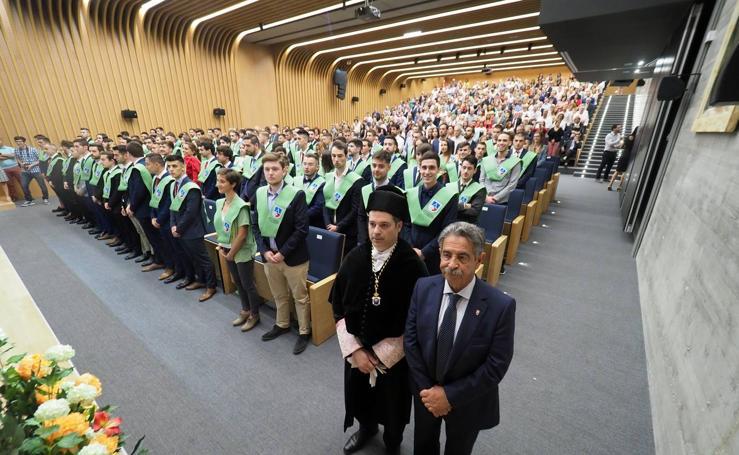 La Universidad Europea del Atlántico celebra la graduación de su primera promoción de alumnos