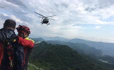 Rescatado en helicóptero un senderista perdido y con signos de deshidratación en Liendo