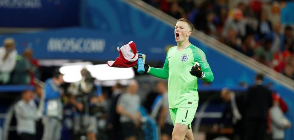 Inglaterra acaba con sus fantasmas en los penaltis