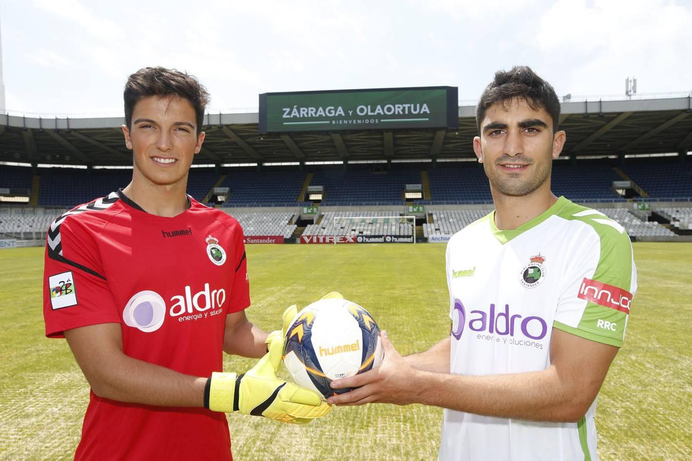El Racing presenta a sus dos primeros fichajes, Jagoba Zárraga e Iñaki Olaortua