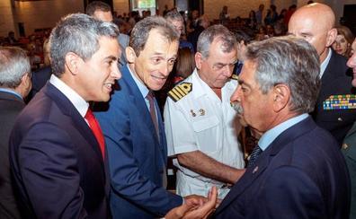 Zuloaga toma posesión como delegado del Gobierno apelando al «diálogo» y el «consenso»