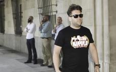 'El Prenda', a los periodistas: «Le doy mil euros a quien encuentre una foto mía en Ibiza»