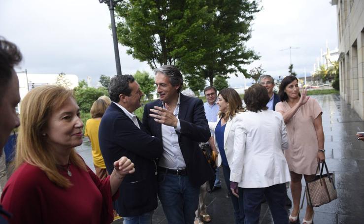 De la Serna presenta en Santander la candidatura de Soraya Sáenz de Santamaria