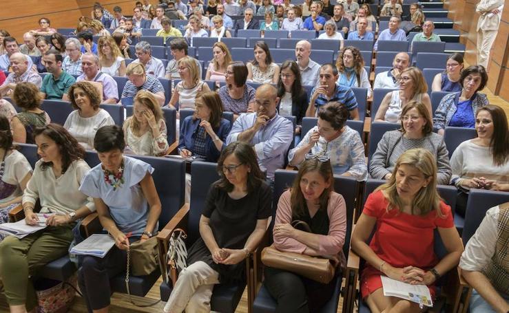 Acto de elección de las 33 nuevas farmacias de Cantabria