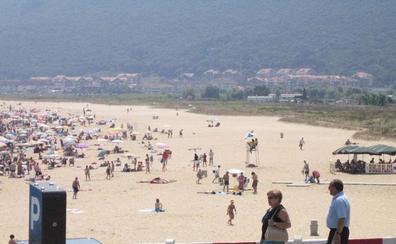 Más de 300 jugadores compiten este fin de semana en el V Torneo de Voley Playa de Noja