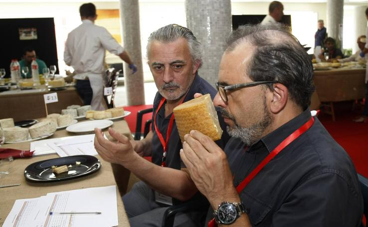 Cata de quesos, sobaos y quesadas organizada por Afca