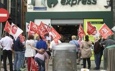 La empresa franquiciada de Carrefour Express demanda a UGT por una «campaña de acoso»