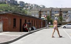 Los jubilados de la mar de Suances dejan las bodegas y salvan la procesión del Carmen
