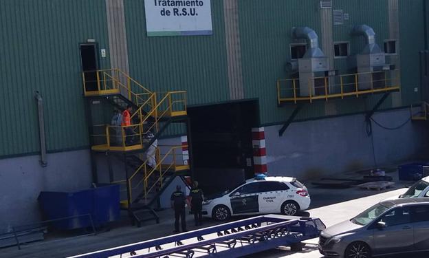 Hallado muerto un bebé recién nacido en una planta de residuos de Málaga