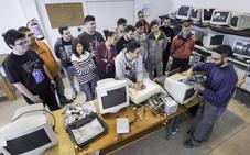 Santander suma cuatro nuevos cursos de formación a su proyecto de empleo para jóvenes