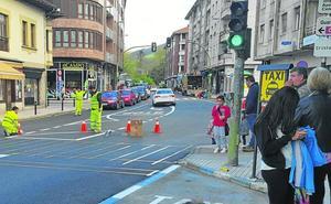 Los Corrales incrementa la seguridad del tráfico con una nueva señalización