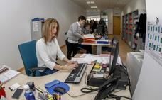 Cantabria destina 12,4 millones a subir el 1,5% del sueldo a los empleados públicos