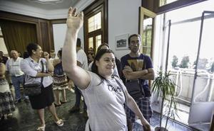 Sortean cinco pisos de alquiler social en Santander: «Llevo mucho tiempo esperando esta oportunidad»