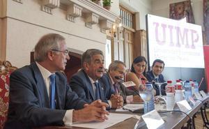 Revilla cree que «puede ser el momento» de potenciar la producción hidroeléctrica en San Miguel de Aguayo