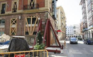Un informe apunta a una fuga en la red de aguas como causa de los daños en el edificio de Pereda
