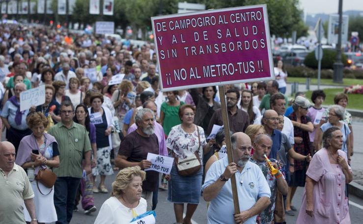 La indignación por el MetroTUS se palpa en la calle