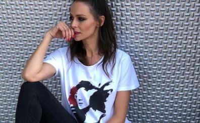 La camiseta unisex de Eva González que arrasa en Instagram