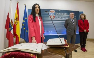 La exdirectora de Economía tras ser destituida: «Encontré irregularidades y se lo comuniqué a Sota y Zuloaga»