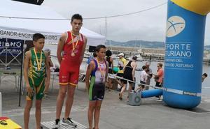 Los hermanos Jano y Enol Arias, campeones de España de Triathle