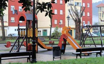 Cayón adjudica la ejecución de seis nuevos parques infantiles