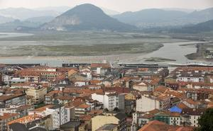 Arca pide la reversión al Parque Natural de una parcela ubicada en el centro de las marismas de Santoña