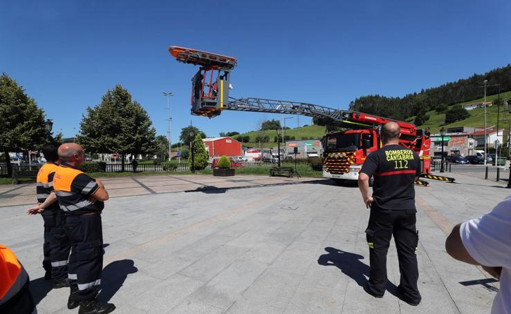 Nueva autoescala para los bomberos de la zona occidental