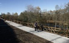 Las obras de la pasarela peatonal sobre el río Saja comenzarán antes del próximo invierno