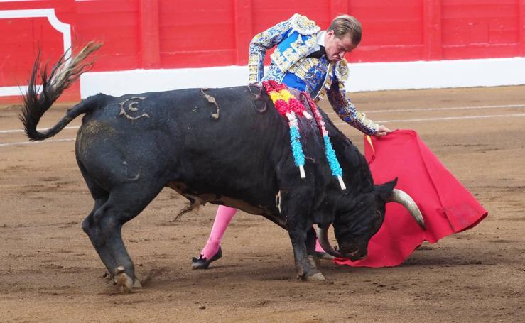 Primera corrida de toros de la Feria de Santiago 2018