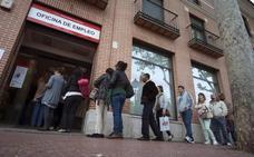 La creación de empleo se acelera y por primera vez se crean casi medio millón de puestos en primavera