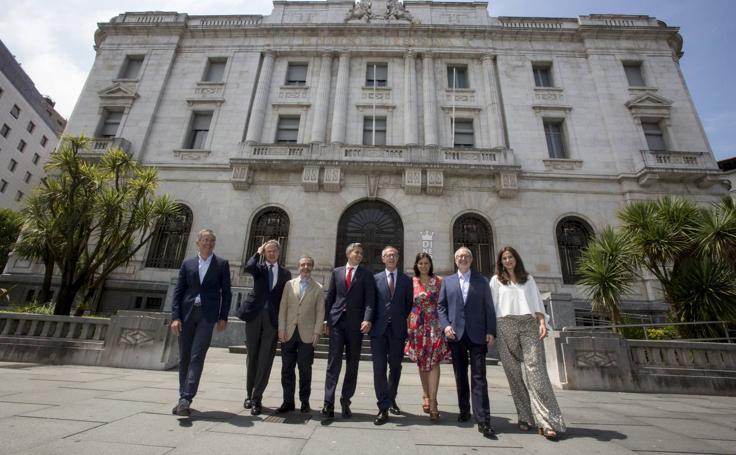 Firma del convenio para la creación del Centro Asociado Reina Sofía-Archivo Lafuente