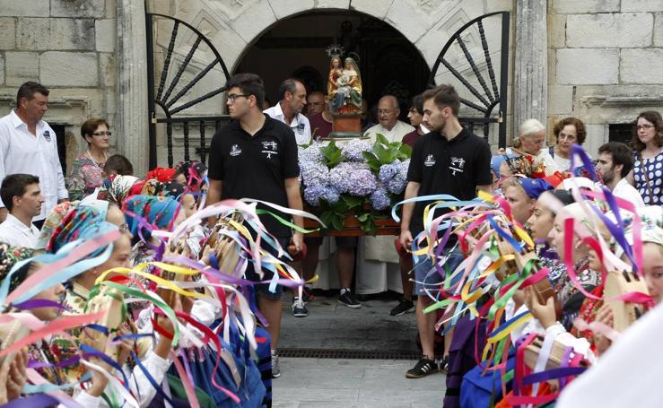 El pueblo de Tanos honra a su patrona Santa Ana