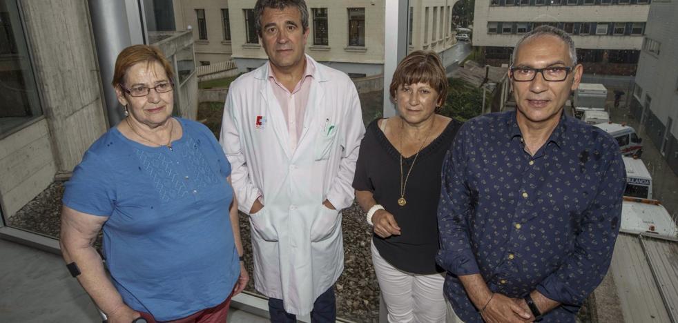 «Sería fácil y barato eliminar la hepatitis C»