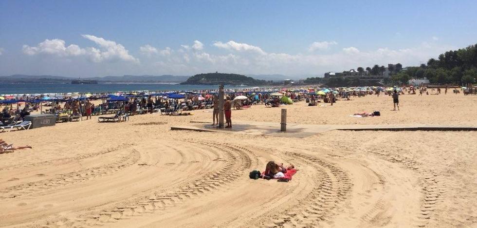 Salvan a dos bañistas a punto de ahogarse en la Segunda playa de El Sardinero y en Helgueras, en Noja