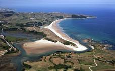 El cadáver encontrado en la playa de Oyambre es el de una toledana de 24 años
