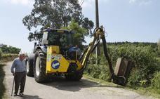 Las últimas lluvias obligan a reforzar el servicio de limpieza de caminos