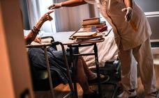 UGT rechaza el convenio de la Dependencia porque obliga los cuidadores a realizar tareas de limpieza