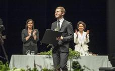 Dmytro Choni logra la gloria del piano