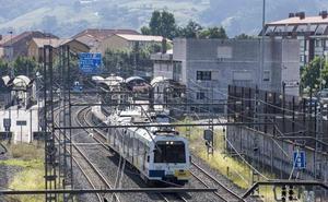 Adif licita el proyecto para duplicar las vías entre El Astillero y Orejo