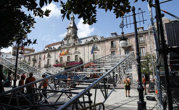 Montajes de todos los escenarios de las fiestas de Torrelavega