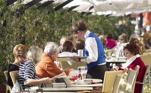 Uno de cada cinco contratos firmados en julio en Cantabria fue de camarero