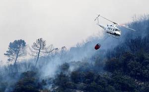 Los bomberos dan por estabilizado el incendio de Llutxent