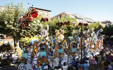 Una renovada Gala Floral con 12 carrozas