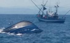 La embarcación 'La Flechera' de Laredo se hunde al norte de Santoña