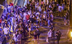 Denunciadas anoche 60 personas en Santander por hacer 'botellón'
