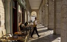 Cantabria lidera la subida del negocio en el sector servicios con una mejora del 8%