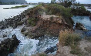 Santoña licita la obra de restauración del dique de Bengoa