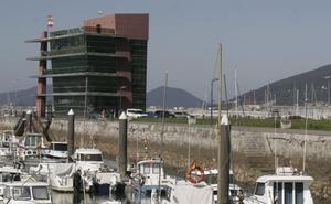 El Gobierno da otro paso para construir un aparcamiento en el puerto de Laredo